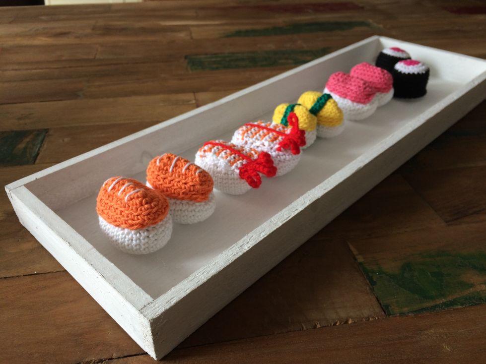 sushi plateau