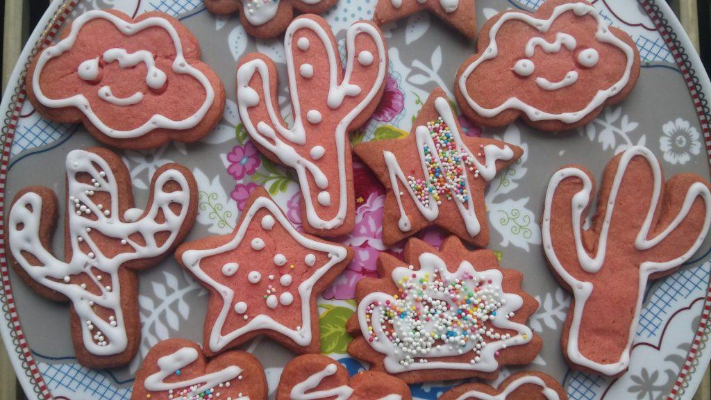 red velvet cookies (25)