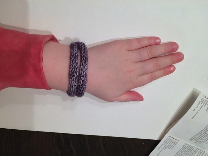 een armbandje punniken (9)