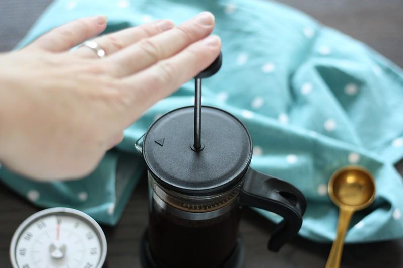 koffie maken met een cafetiere (3)-