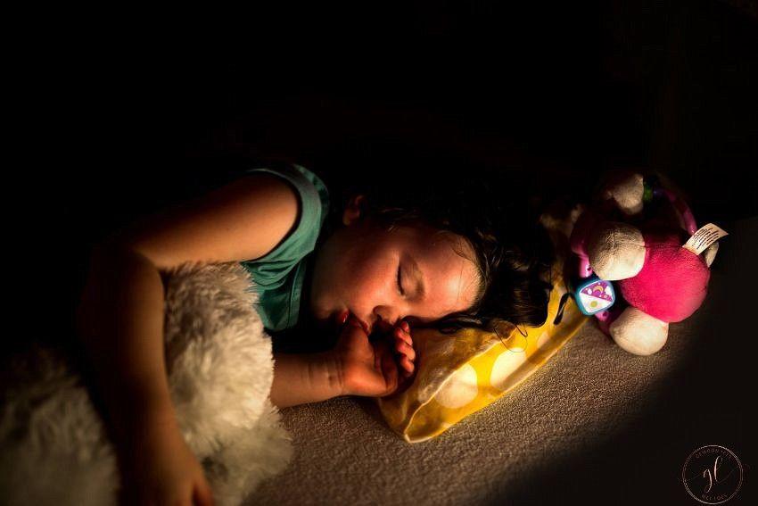 10 stomme redenen waarom je kind je 's nachts wakker maakt (2)-